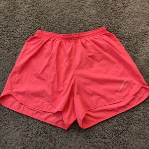 Brooks coral running shorts with liner